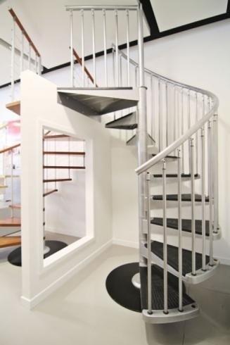 Escaliers en colimaçon en aluminium
