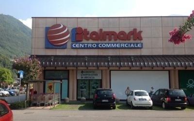 Insegne centri commerciali