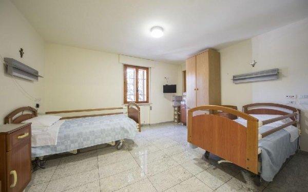Camera con confort Casa di riposo Francescana