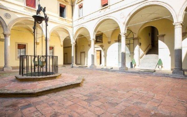Cortile interno Casa di riposo Francescana