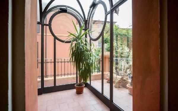 Balcone struttura Casa di riposo Francescana