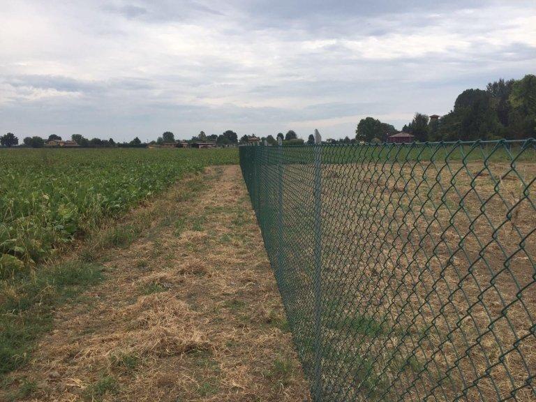 recinzioni metalliche lunghe