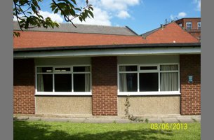 If your double glazing is damaged in Leeds call 0113 249 4933