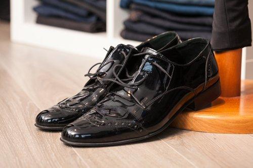 scarpe eleganti per cerimonie di gala