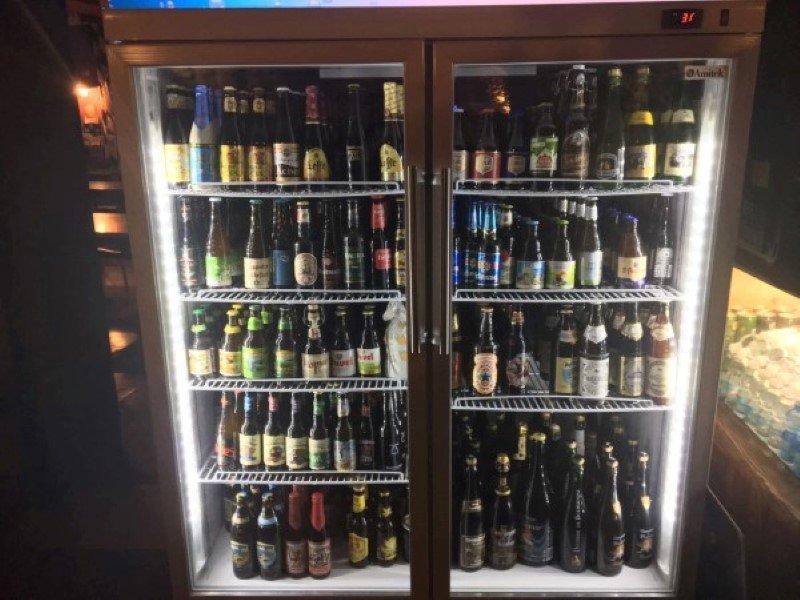 frigorifero con birre