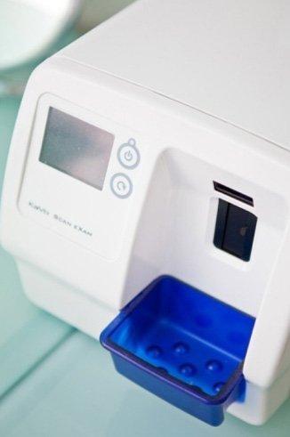 un'apparecchiatura per odontotecnici