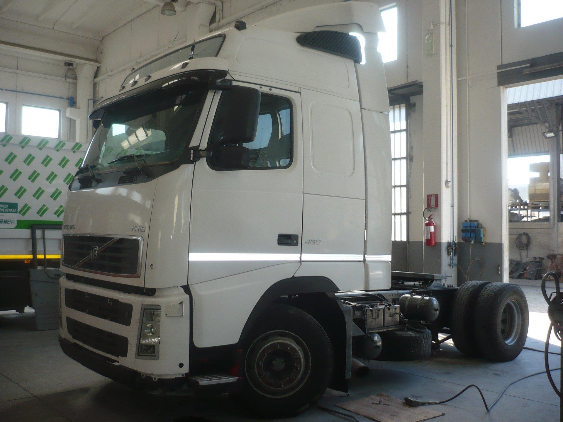 Cabina Volvo Fh V2 460 Gt Completa