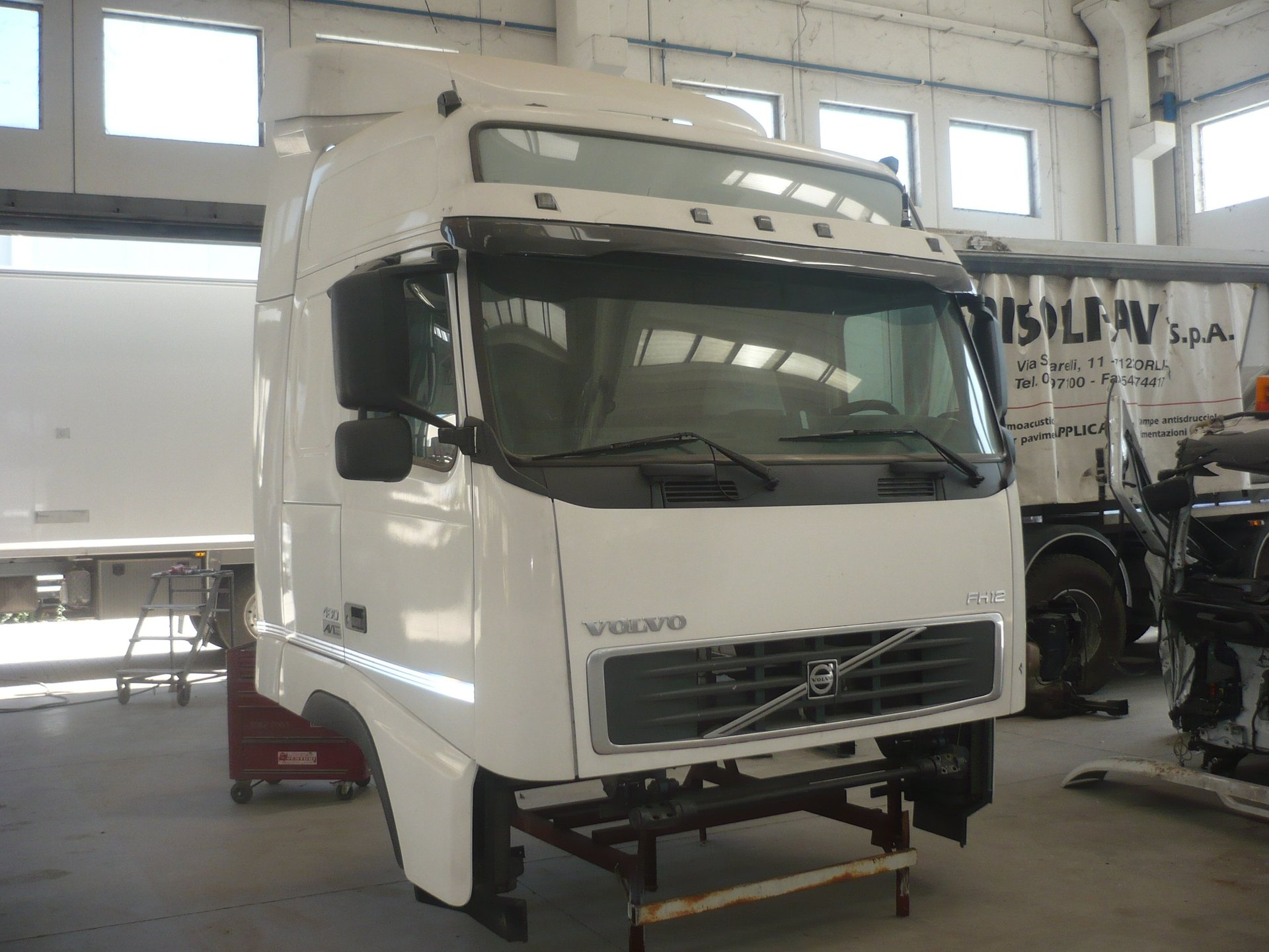 Cabina Volvo Fh V2 460 Gt Completa Vista Frontale Smontata