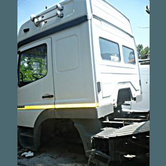 Cabina Mercedes Atego tetto alto 14-7 Posteriore Cabina