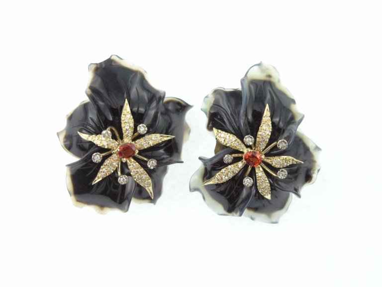 Orecchini fiore agata nera