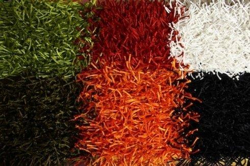 Venite a scoprire la vasta gamma di colori disponibile in azienda