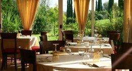 ristorante con parco privato