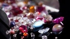 compravendita di pietre preziose, gioielli su disegno, perizie su gioielli