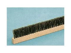 Internal brush for scrapers