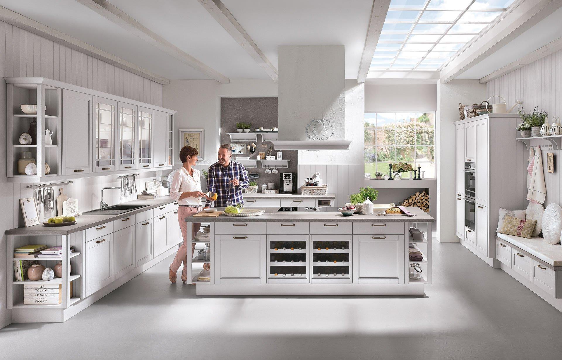 Abitazione con cucina ad isola