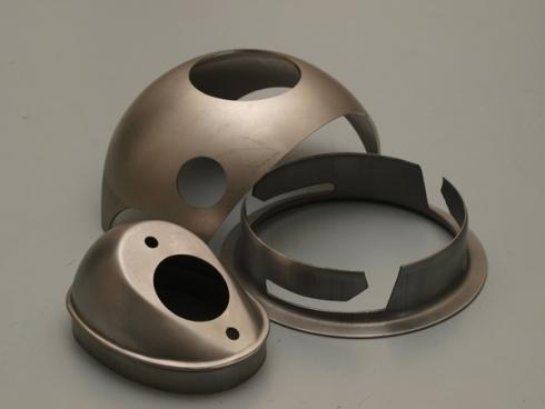Pezzi curvi in metallo