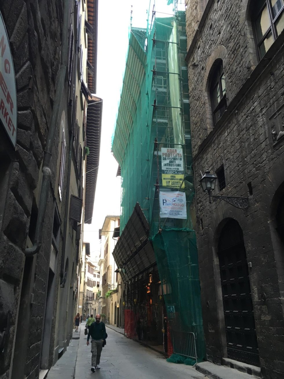 Ponteggio per restauro esterno a Firenze