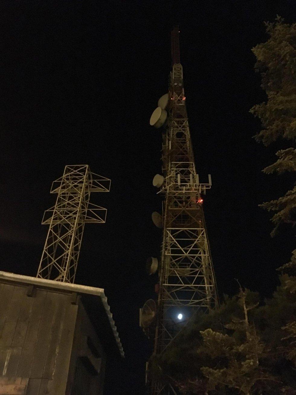 Lavori in notturna su antenne telefoniche