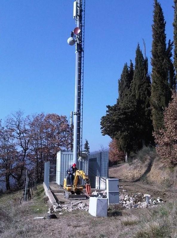 Demolizione di un sito Vodafone località Londa, in provincia di Firenze