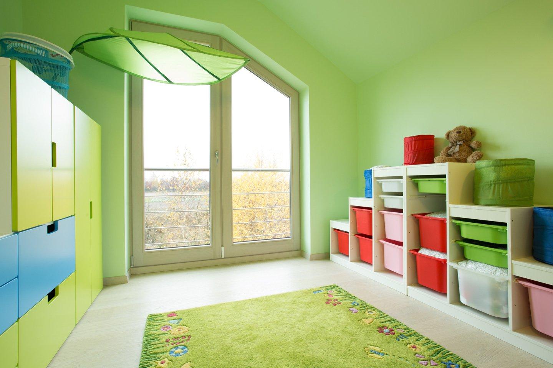 stanza dipinta di verde