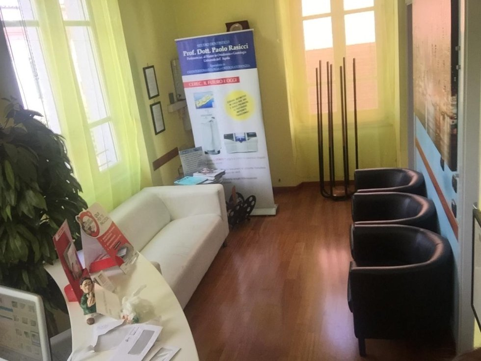 studio dentistico dott. paolo rasicci