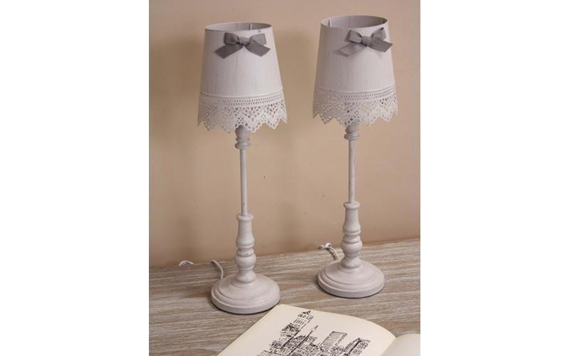 Lampada da tavolo cuneo il triangolo lampadari - Lampada per cameretta ...