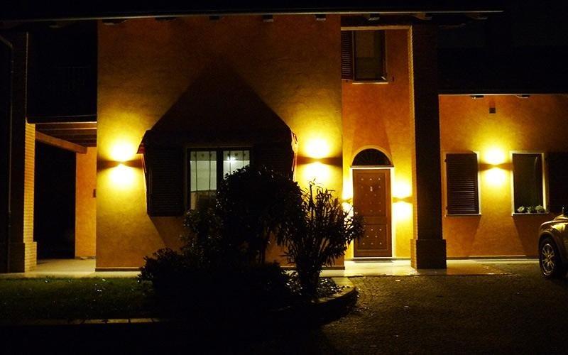 Lampade da esterno cuneo il triangolo lampadari