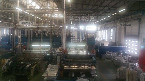 l'interno di una fabbrica di tessuti