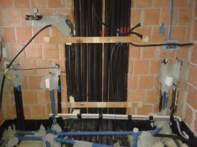 dei tubi di un impianto