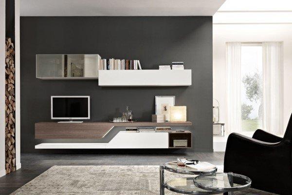 mobile porta tv in legno chiaro e inserti grigi e bianchi