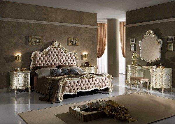 camera da letto classico con letto in pelle