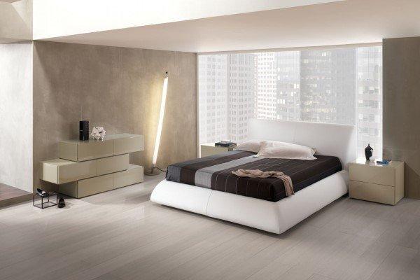 camera da letto moderna con cassettiera scomposta