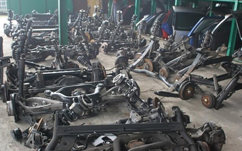 demolizioni di veicoli industriali
