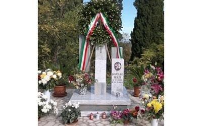 tomba monumentale sindaco Donato Iezzi Torino di Sangro
