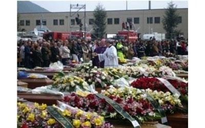funerali terremoto L'Aquila