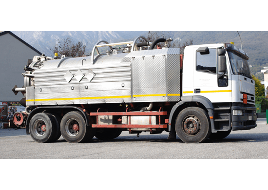 Camion cisterna Brusadelli