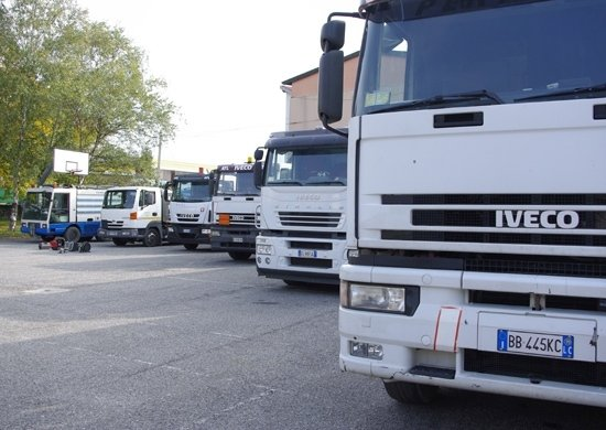 panoramica di tutti i camion