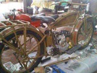 restauro e riparazione moto d'epoca Sassari