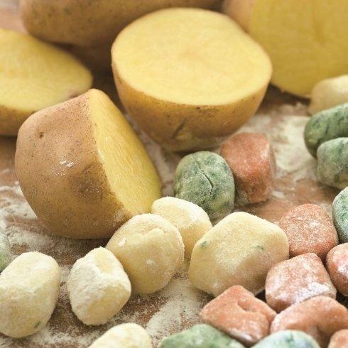 gnocchi paglia e fieno (yellow and green)