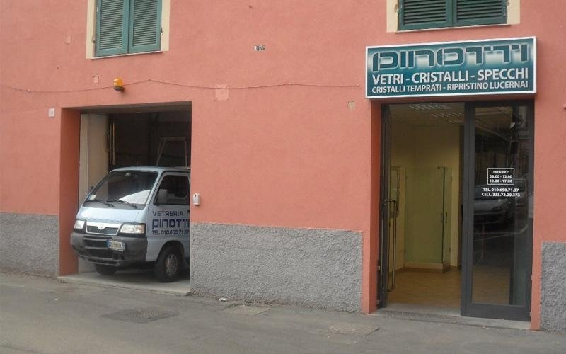 Vetreria Pinotti - Genova
