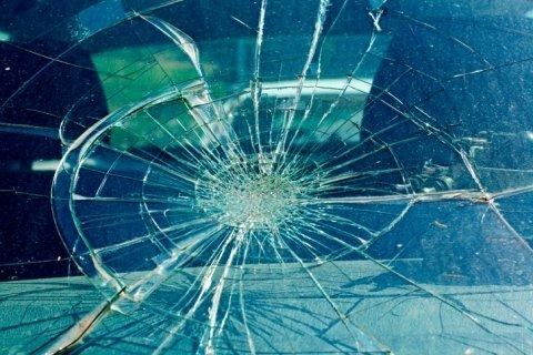 riparazione-parabrezza-e-vetri-auto