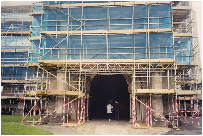 Commercial office scaffolding