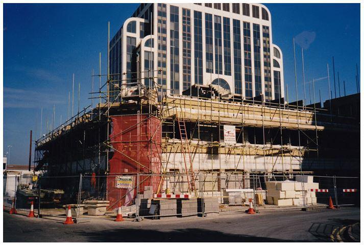 Hotel scaffolding