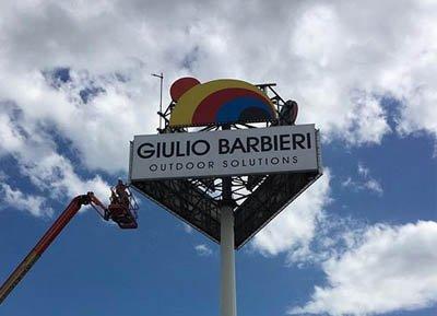 Insegna luminosa Giulio Barbieri