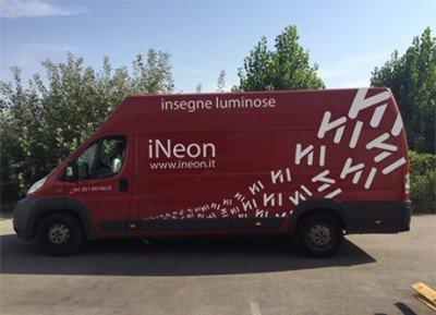 Mezzo aziendale iNeon