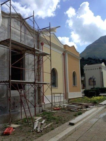 Cappelle cimiteriali: grondaie e pluviali