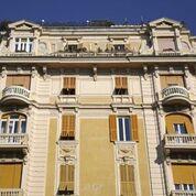 finestre condominiali con serrande avvolgibili