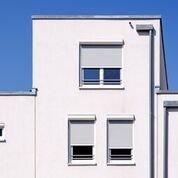 finestre con serrande avvolgibili