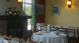 rustic atmosphere, Tuscan recipes, catering