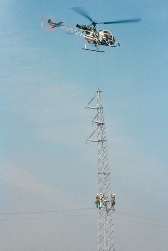 Works at height with helicopter